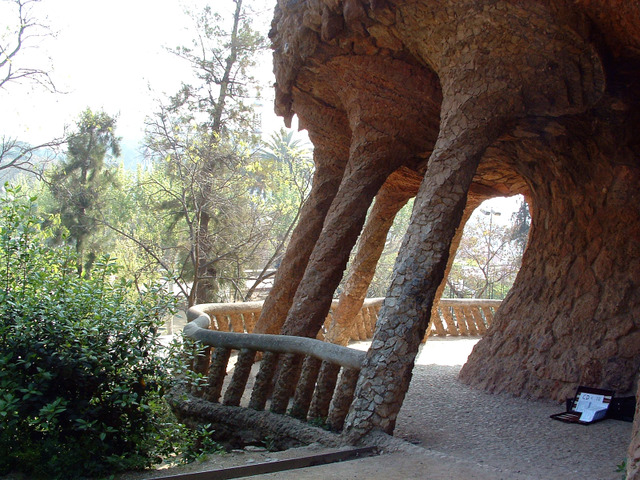 Park_guell10